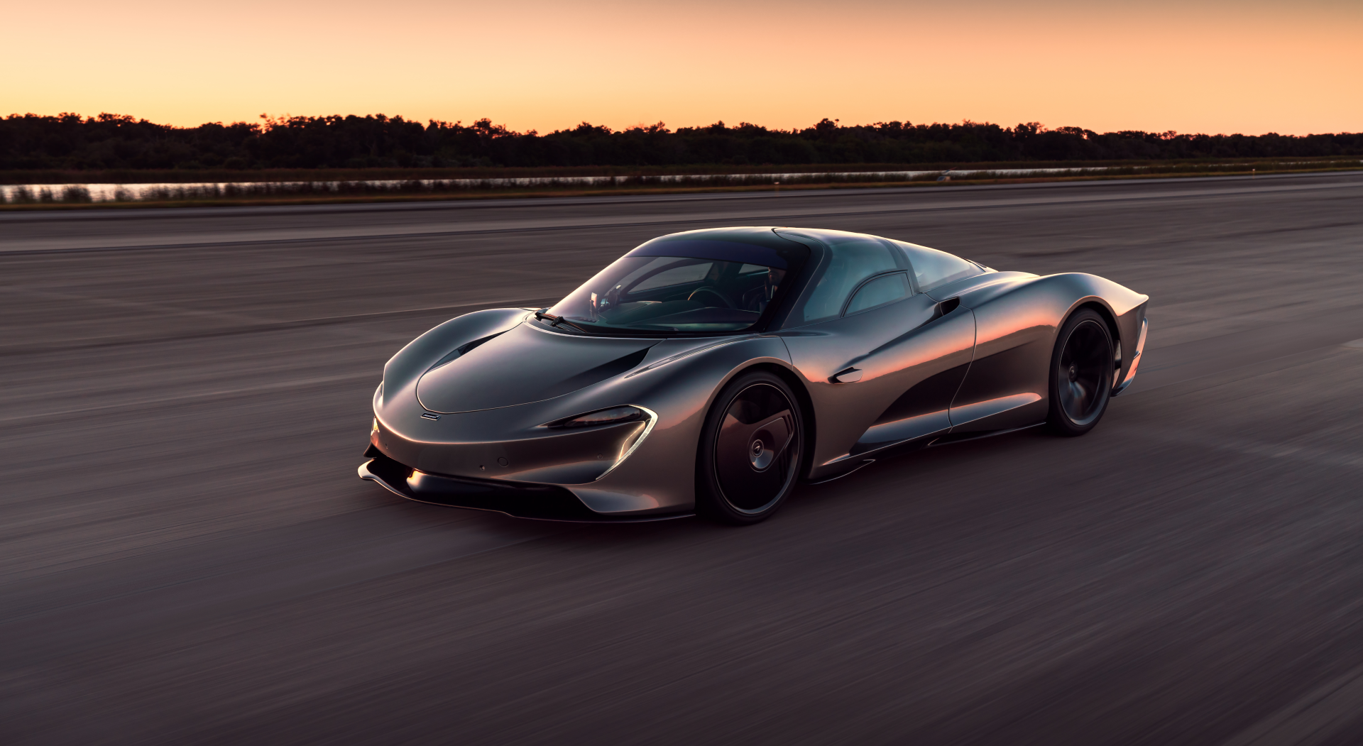 McLaren Speedtail hits 250mph
